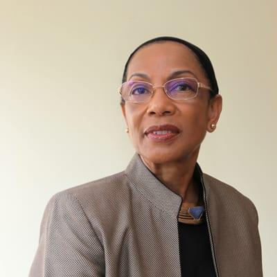2. Dr Claudia Natanson
